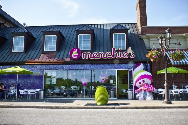 Menchie's Franchise Exterior Photo by mimiklump