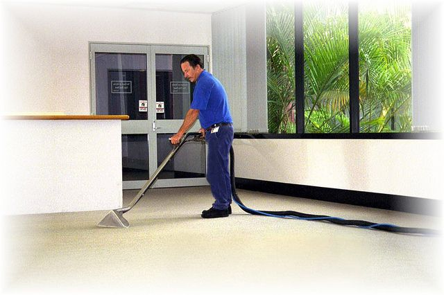Commercial Cleaning Photo by nidiacln7