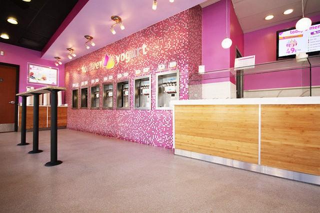 Forever Yogurt Interior Photo