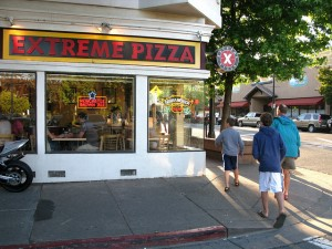 Extreme Pizza Exterior Photo by OakleyOriginals