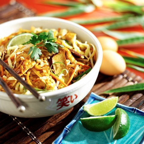 Mama fu 39 s pad thai franchise chatter for 24 star thai cuisine