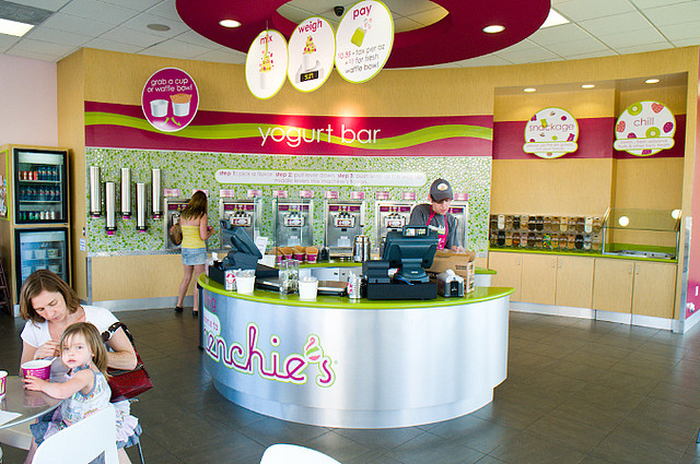 Menchie's Yogurt Interior Photo