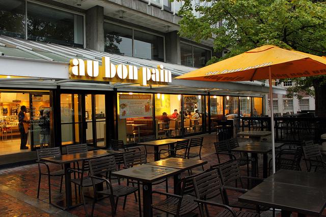 Au Bon Pain Photo by Prayitno