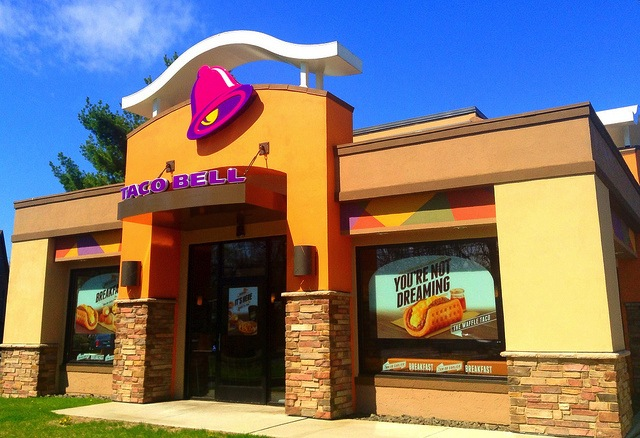 Taco Bell Photo by Mike Mozart
