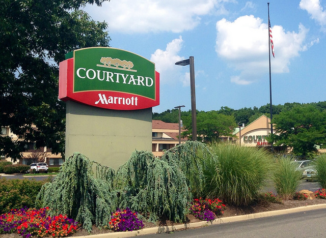 Courtyard Marriott Photo by Mike Mozart